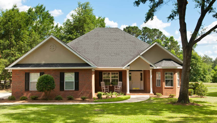 1 story brick country home